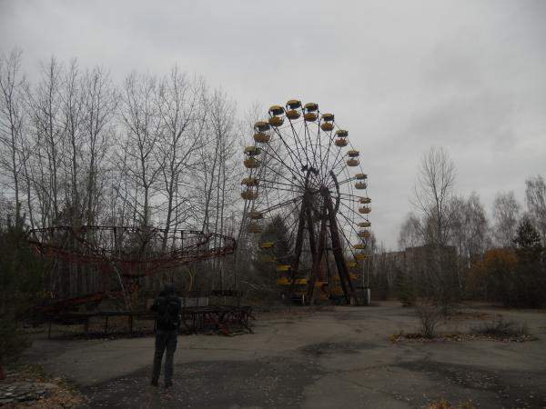 The famous ferris wheel in the abandoned theme park in Pripyat, next to Chernobyl