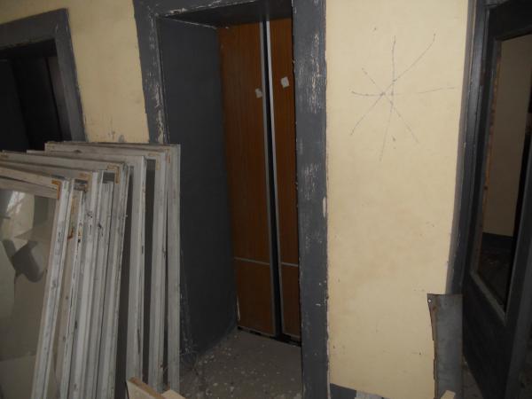 Lift/Elevator in the apartment block