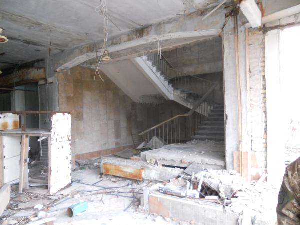 Stairs to the upper level of the super market