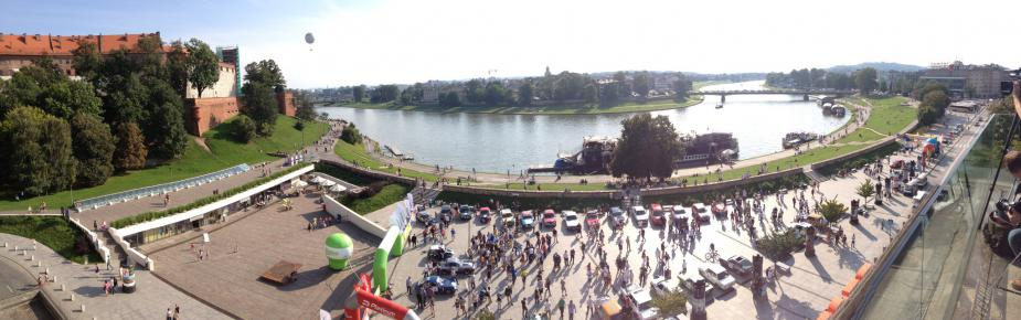 Krakow Wisła river and Wawel Castle