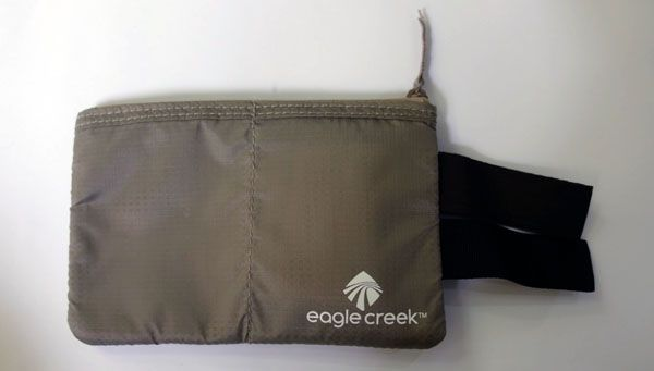 Eagle creek undercover hidden pocket travel gear and accessories complete city guides travel blog for Travel gear hidden pocket