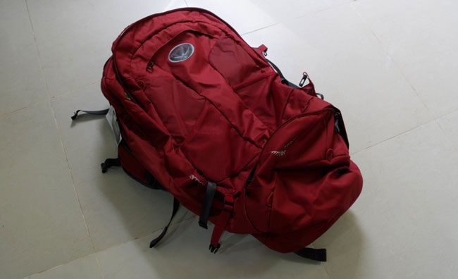 Osprey Farpoint 80 Review (red colour)